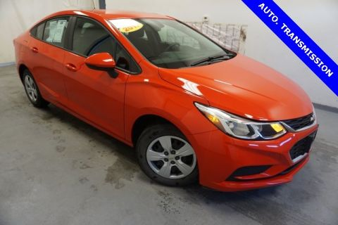 Pre-Owned 2017 Chevrolet Cruze