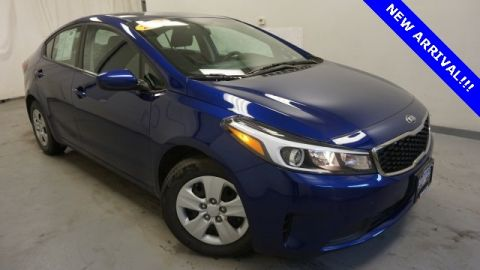 Pre-Owned 2017 Kia Forte Plus